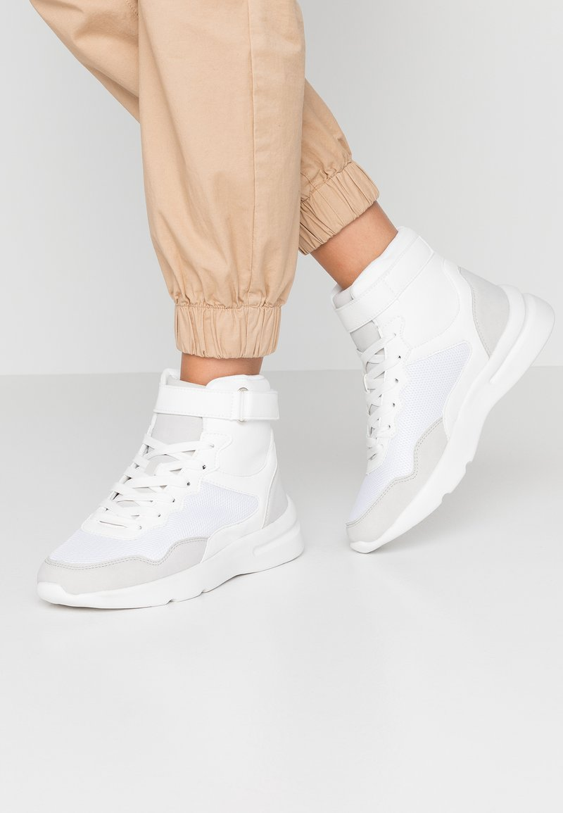 Rubi Shoes by Cotton On - ZENDAYA HIGH TOP CHUNKY - Sneaker high - white/multicolor