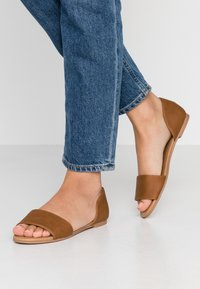 Rubi Shoes by Cotton On - DIXIE PEEP - Sandals - tan - 0
