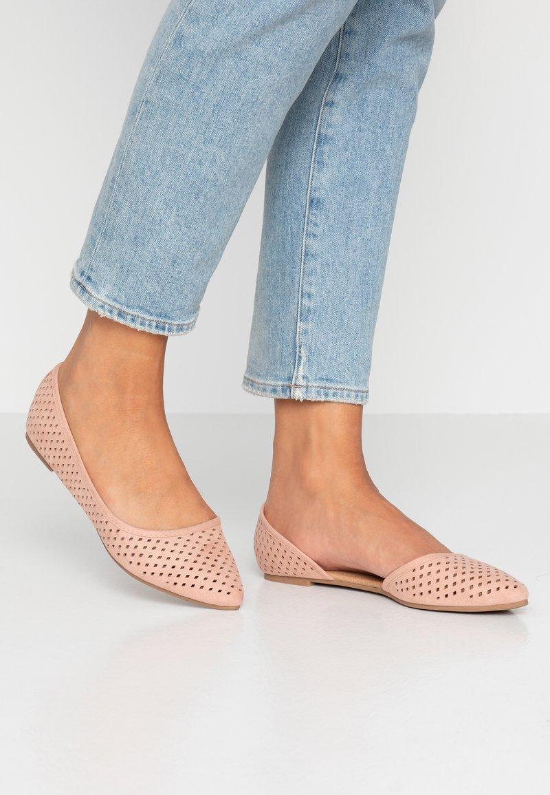 Rubi Shoes by Cotton On - PIPER LASER POINT - Ballet pumps - dark blush