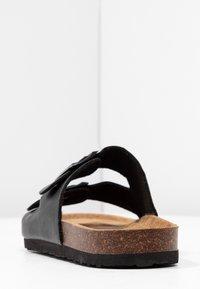 Rubi Shoes by Cotton On - REX DOUBLE BUCKLE SLIDE - Hjemmesko - black - 5