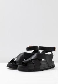 Rubi Shoes by Cotton On - IVY TOE LOOP CHUNKY  - Sandalias de dedo - black - 4