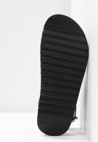 Rubi Shoes by Cotton On - IVY TOE LOOP CHUNKY  - Sandalias de dedo - black - 6