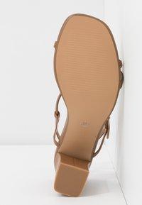 Rubi Shoes by Cotton On - HANNAH THIN STRAP HEEL - Sandaler - tan - 6