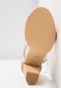 Rubi Shoes by Cotton On - SAN LUIS - Sandály na vysokém podpatku - cinnamon - 6