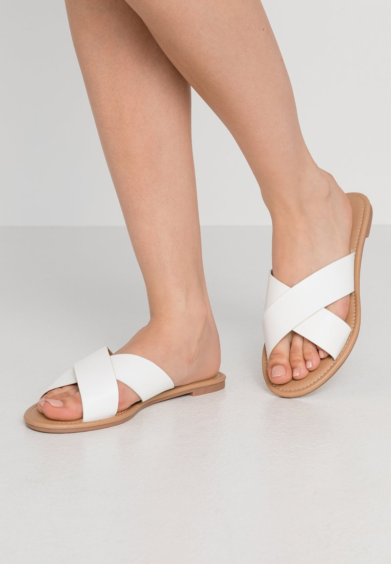 Rubi Shoes by Cotton On - EVERYDAY SCARLETT CROSSOVER - Sandaler - white