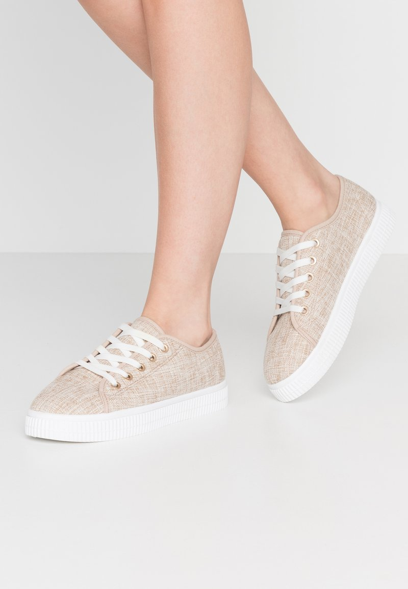 Rubi Shoes by Cotton On - CHELSEA CREEPER PLIMSOLL - Baskets basses - stone
