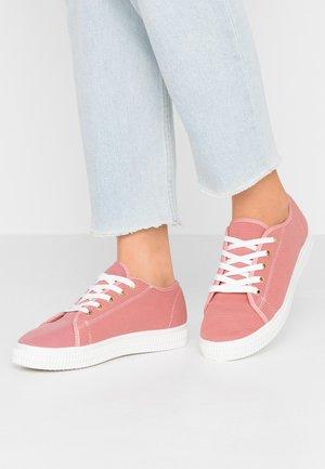 CHELSEA CREEPER PLIMSOLL - Sneaker low - ash rose