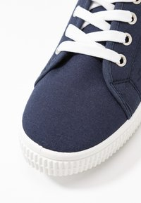 Rubi Shoes by Cotton On - CHELSEA CREEPER PLIMSOLL - Tenisky - navy - 2