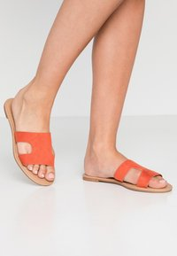 Rubi Shoes by Cotton On - EVERYDAY CYPRESS SLIDE - Mules - ginger spice - 0