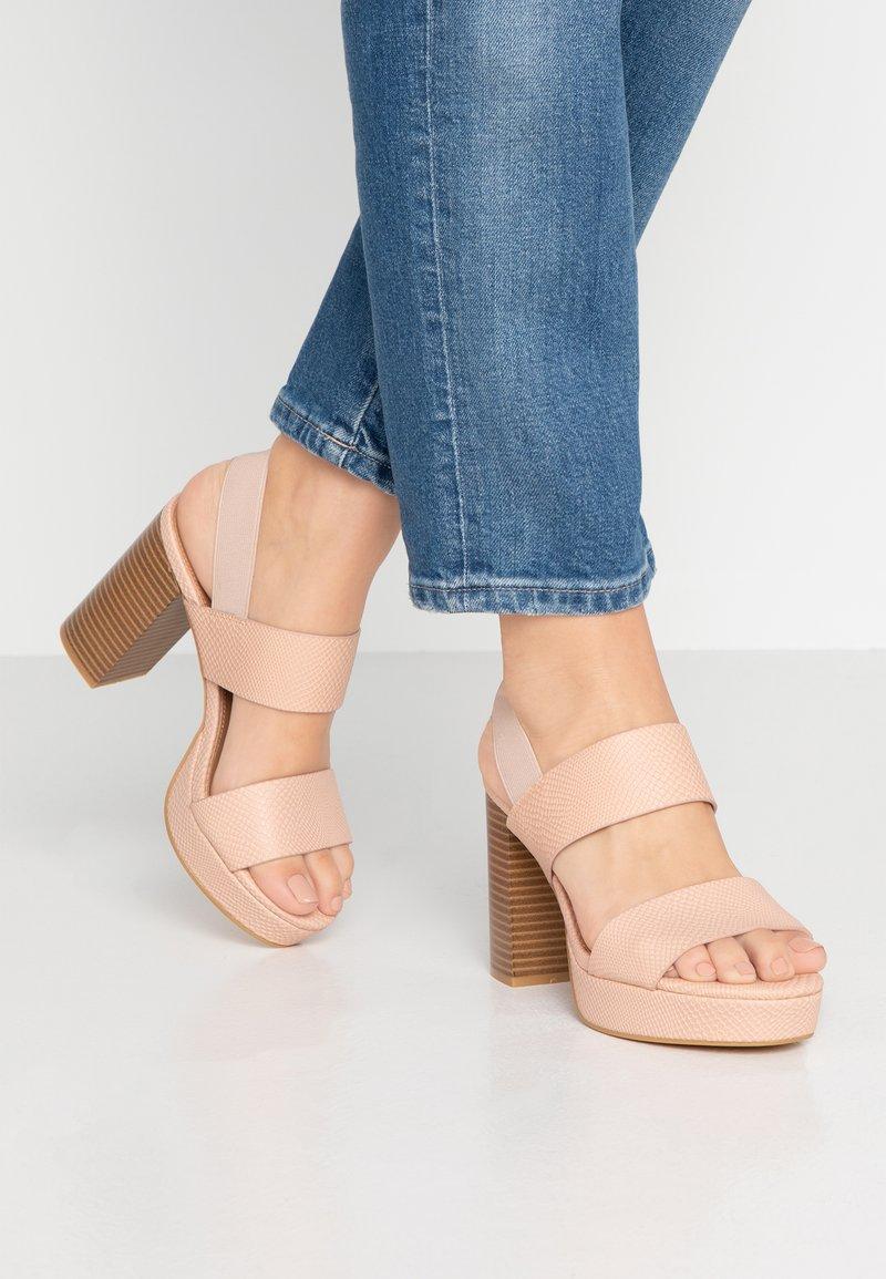 Rubi Shoes by Cotton On - AVA PLATFORM - Korolliset sandaalit - ash rose