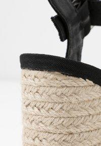 Rubi Shoes by Cotton On - SANTAL STRAPPY - Sandalen met hoge hak - black - 2