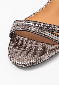 Rubi Shoes by Cotton On - SHARI DOUBLE STRAP STILLETO - High heeled sandals - metallic - 2