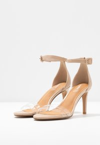 Rubi Shoes by Cotton On - SHARI DOUBLE STRAP STILLETO - Sandaler med høye hæler - nude/clear - 4