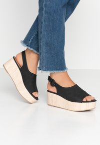 Rubi Shoes by Cotton On - COURTNEY WEDGE - Dřeváky - black - 0