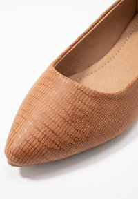 Rubi Shoes by Cotton On - PRIMO POINT - Ballerines - tan - 2