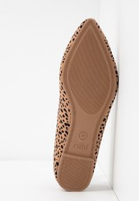 Rubi Shoes by Cotton On - PRIMO POINT - Baleriny - brown - 6