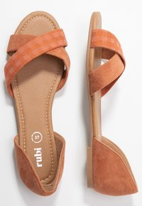 Rubi Shoes by Cotton On - DALLAS CROSSOVER  - Sandali - hazel - 3