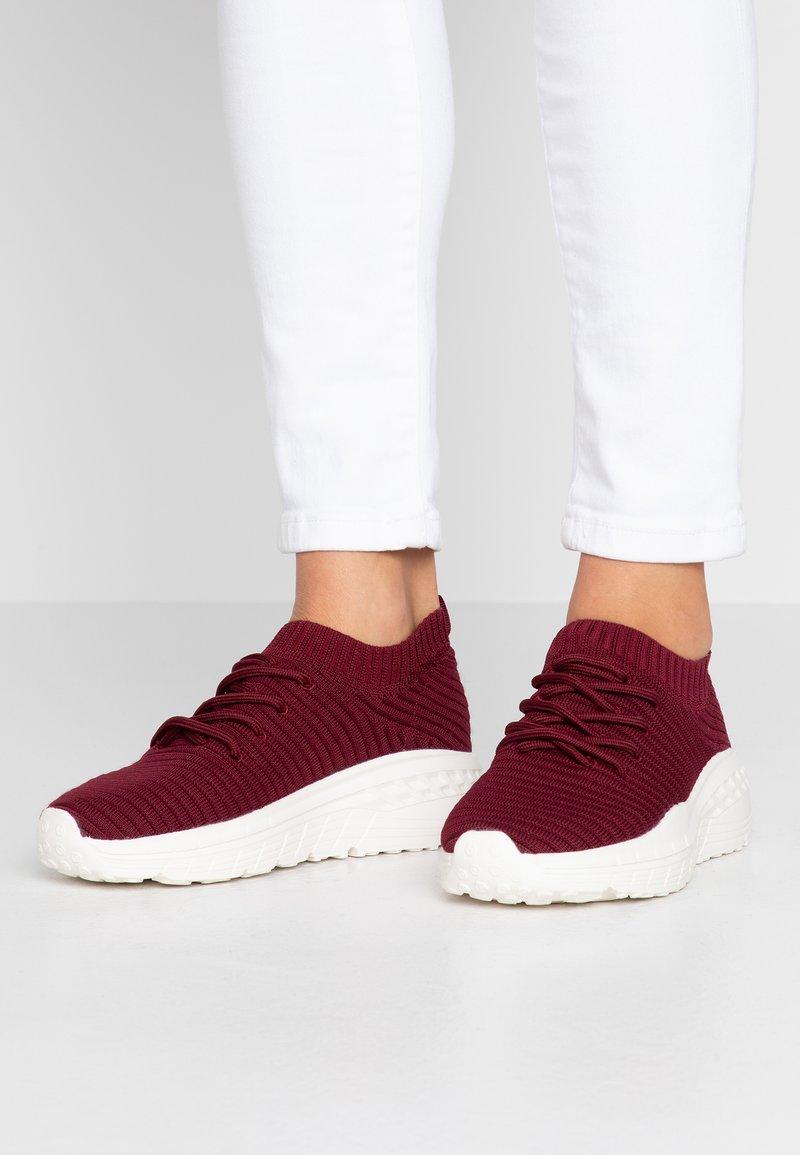 Rubi Shoes by Cotton On - FREYA SOCK TRAINER - Tenisky - deep maroon