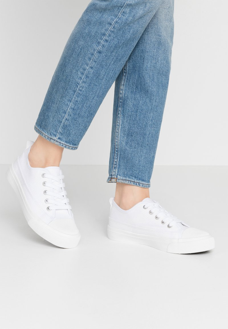 Rubi Shoes by Cotton On - JENNA  - Sneakersy niskie - white