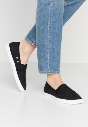 HOLLY SLIP ON - Slip-ons - black