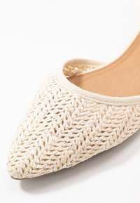 Rubi Shoes by Cotton On - ANKLE STRAP - Ankle strap ballet pumps - offwhite - 2