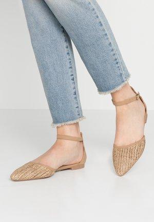 ANKLE STRAP - Ankle strap ballet pumps - tan