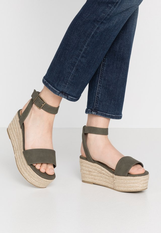 CRYSTAL WEDGE - Espadrilles - khaki