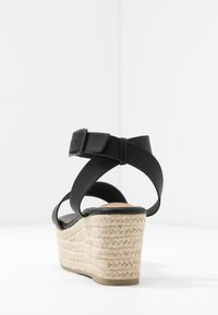 Rubi Shoes by Cotton On - CRYSTAL WEDGE - Espadrillas - black - 5
