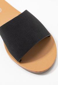 Rubi Shoes by Cotton On - CARRIE MINIMAL SLIDE - Sandaler - black - 2