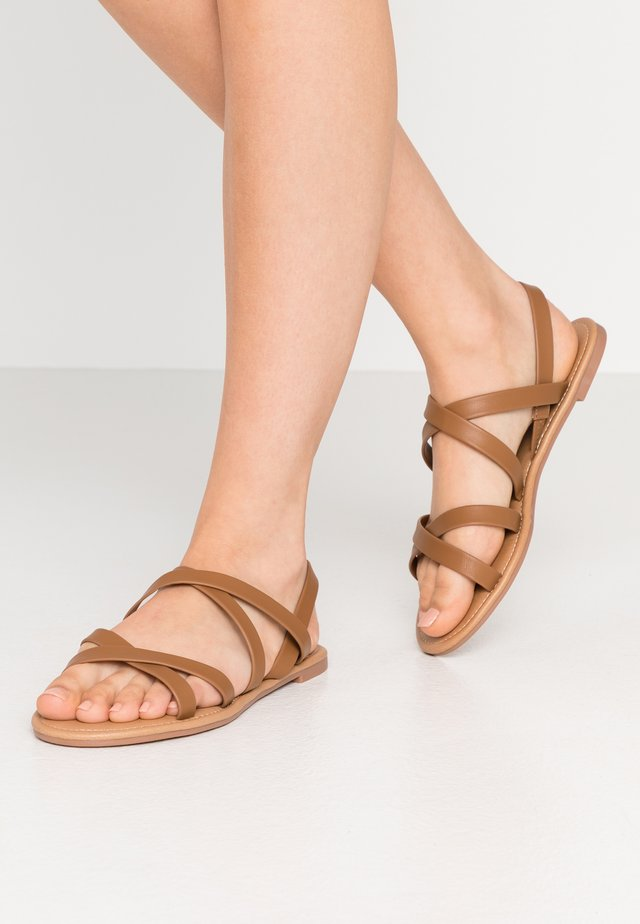 EVERYDAY STRAPPY SLINGBACK - Sandaler - tan