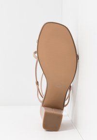 Rubi Shoes by Cotton On - HARPER STRAPPY HEEL - Sandaler - pale taupe - 6