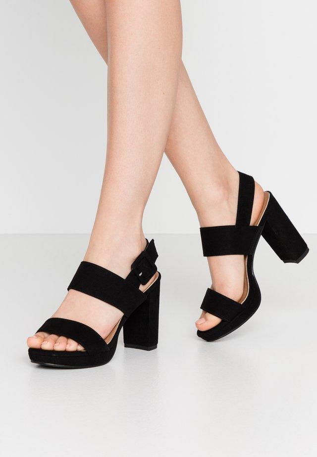 CARNELIAN PLATFORM - Sandaler med høye hæler - black