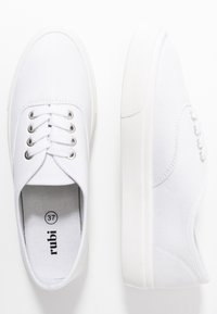 Rubi Shoes by Cotton On - JAMIE LACE UP - Joggesko - white - 3