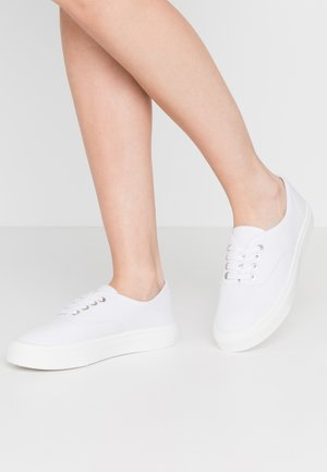 JAMIE LACE UP - Baskets basses - white