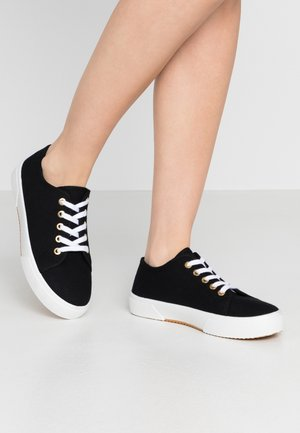 LISA LACE UP - Sneakers basse - black