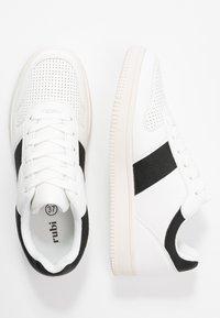 Rubi Shoes by Cotton On - ALBA RETRO RISE - Sneakersy niskie - white/black - 3