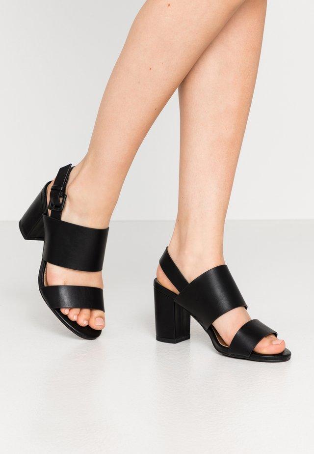 SELENE  - Sandały na obcasie - black