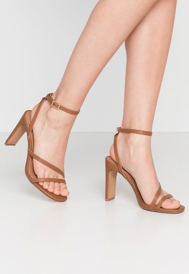LORINDA STRAPPY - High heeled sandals - tan