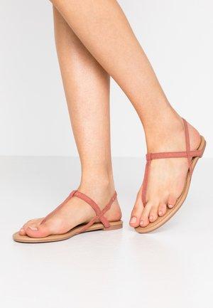 EVERDAY TOE POST - Sandály s odděleným palcem - rust sunset