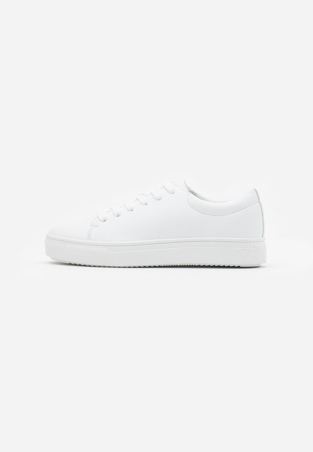 AIDAN  - Trainers - white