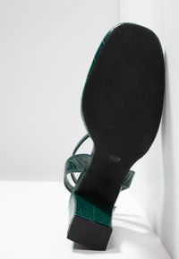 Rubi Shoes by Cotton On - BRIANNA SQUARE TOE - Decolleté - green - 6
