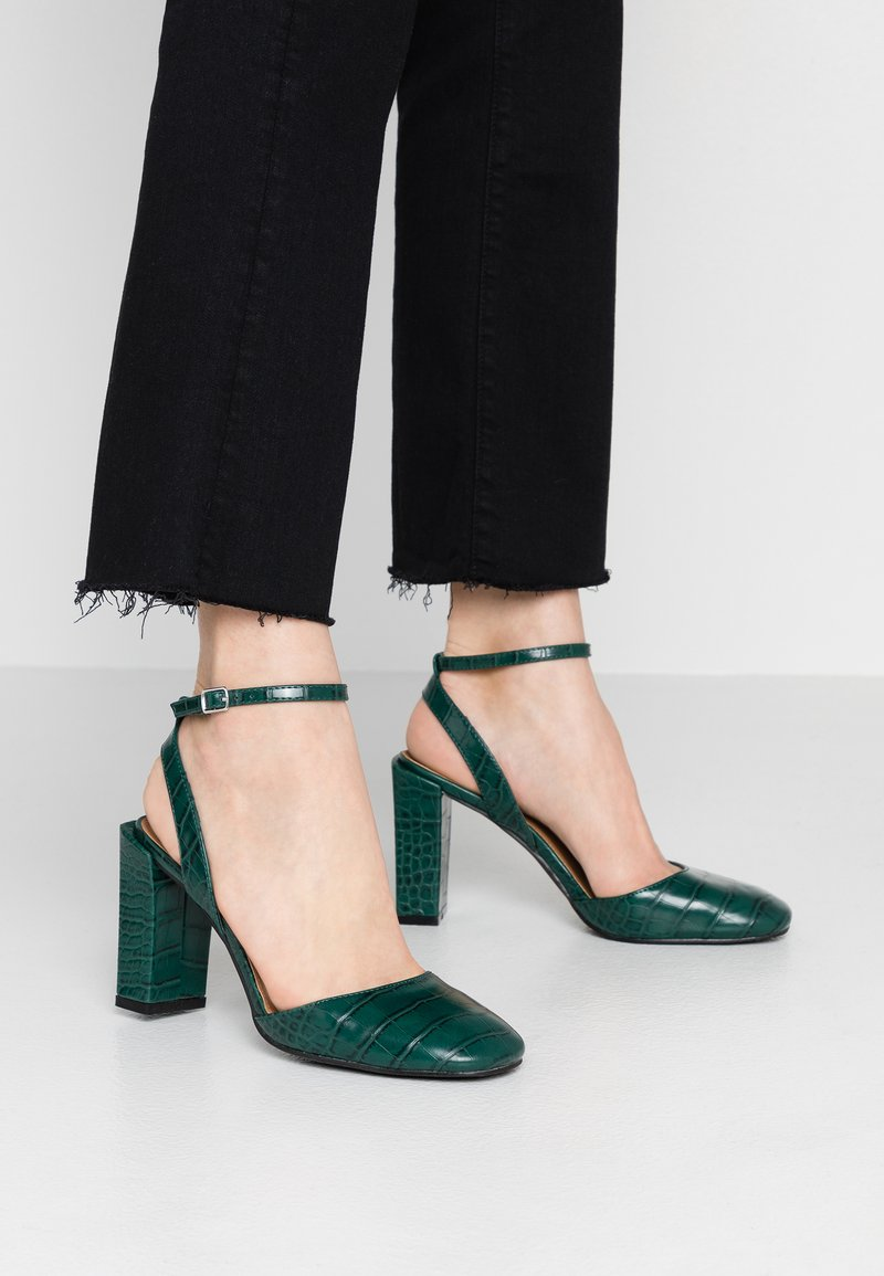 Rubi Shoes by Cotton On - BRIANNA SQUARE TOE - Højhælede pumps - green
