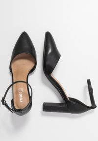 Rubi Shoes by Cotton On - JEANNE CLOSED TOE HEEL - Classic heels - black - 3