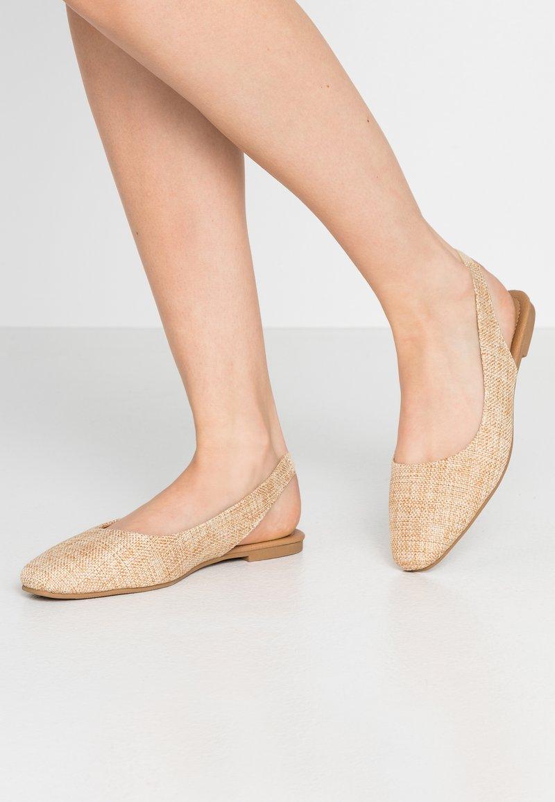 Rubi Shoes by Cotton On - ESSENTIAL LILI SQAURE TOE SLINGBACK - Ballerinasko - camel