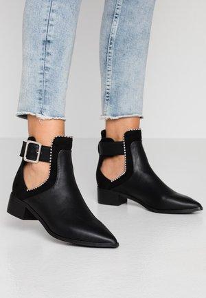 PENELOPE CUT OUT - Boots à talons - black/multicolor