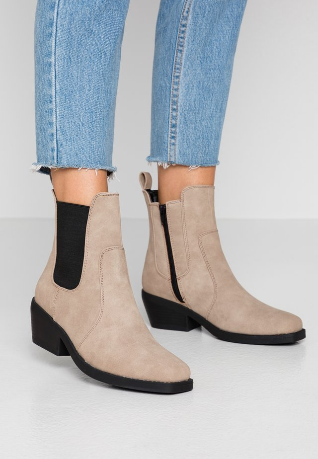 TESSA SQUARE TO WESTERN BOOT - Cowboy- / bikerstøvlette - taupe