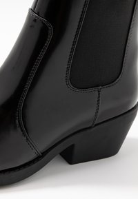 Rubi Shoes by Cotton On - TESSA SQUARE TO WESTERN BOOT - Cowboy/biker ankle boot - black - 2