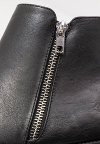 Rubi Shoes by Cotton On - JESINTA SQUARE TOE ZIP BOOT - Tronchetti - black smooth - 2