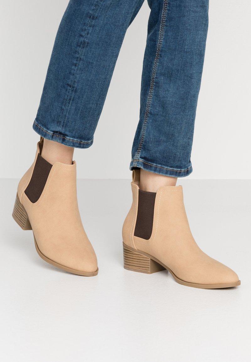 Rubi Shoes by Cotton On - BRIXTON GUSSET - Ankelstøvler - cinnamon