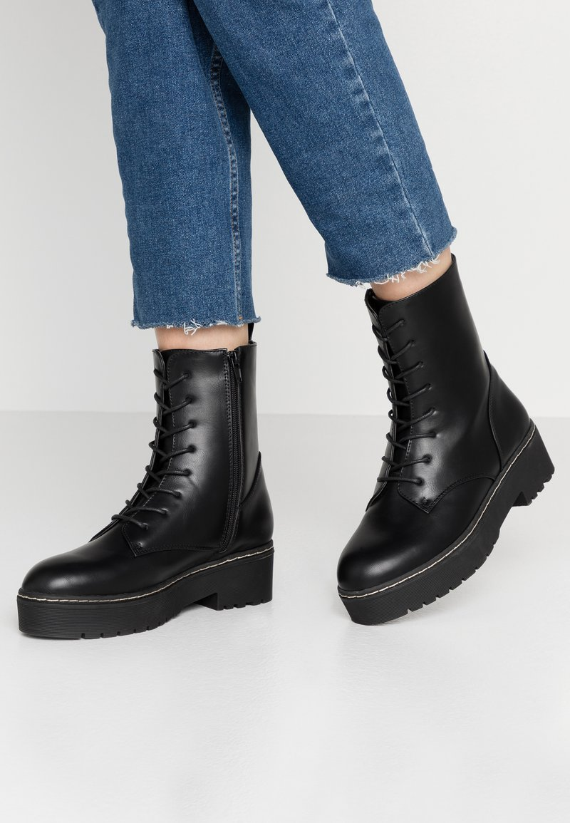 Rubi Shoes by Cotton On - FRANKIE LACE UP FLATFORM BOOT - Plateaustøvletter - black